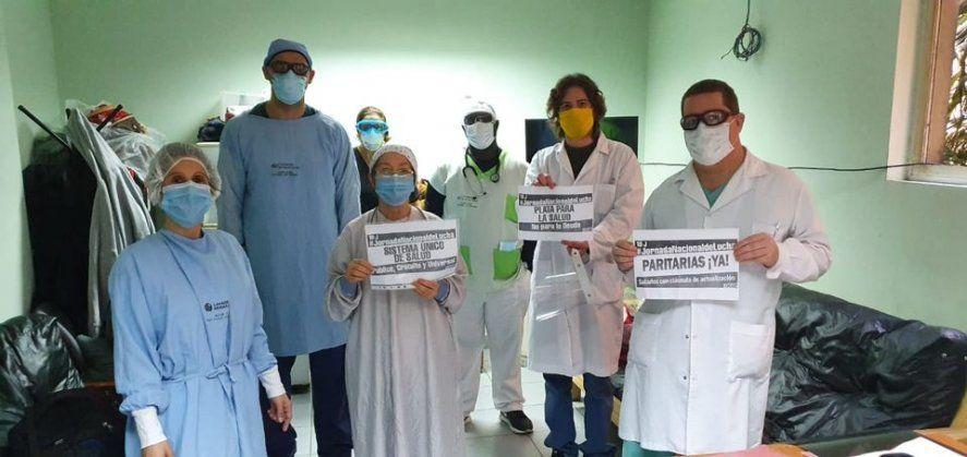 Trabajadores y trabajadoras de la salud pública reclaman aumento salarial al Gobierno bonaerense