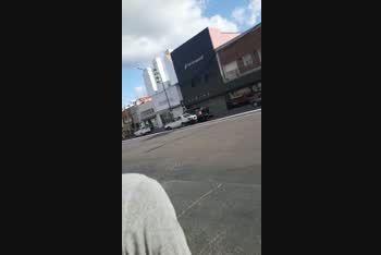El policía fue atropellado frente a la comisaría de la Mujer en La Plata