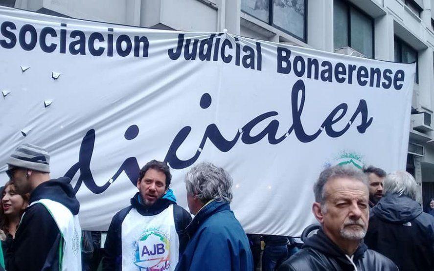 Judiciales se suman a las voces que exigen negociaciones salariales para recuperar poder adquisitivo