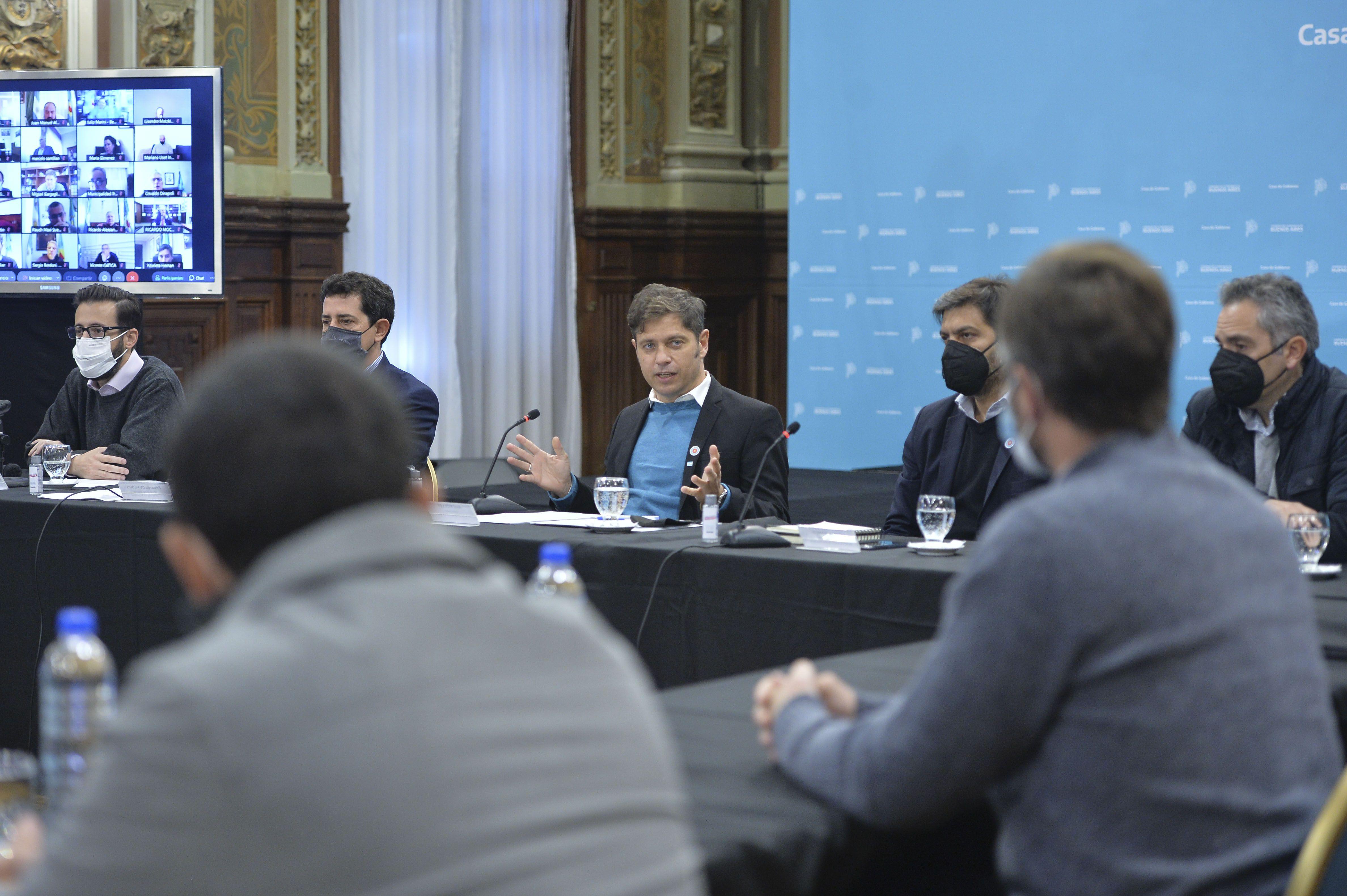 Axel Kicillof presentó un programa de obras para municipios