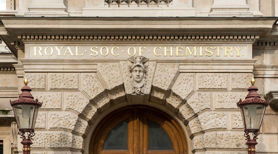El investigador del Conicet fue distinguido por la RSC