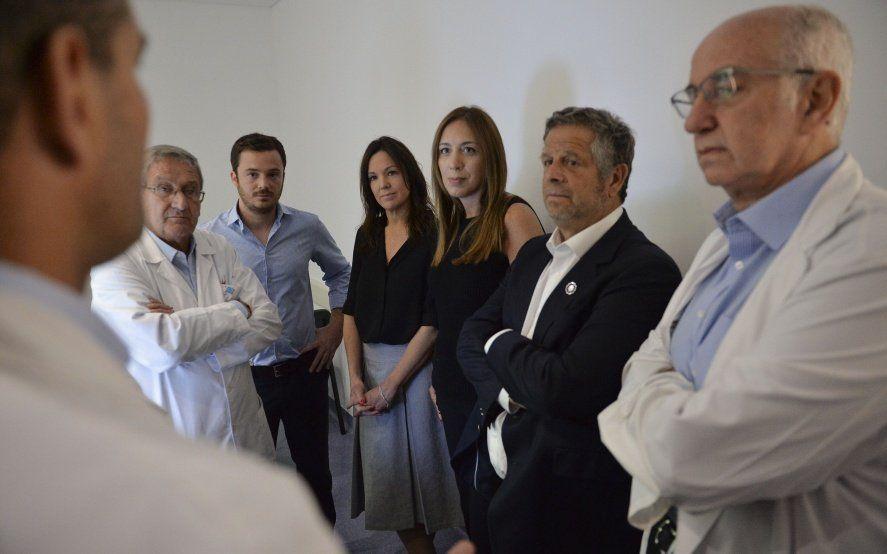 Vidal y Stanley volvieron a caminar el Conurbano: visitaron un hospital en Varela