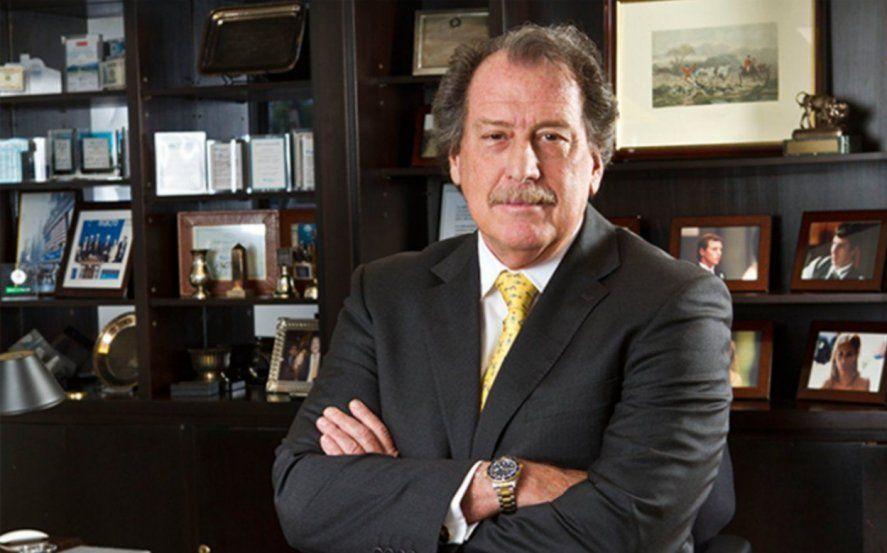 El empresario bancario Jorge Brito murió esta tarde en un accidente aéreo en Salta.