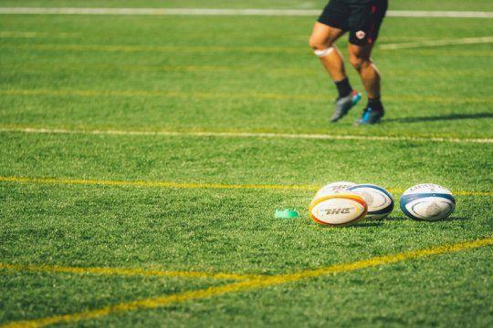 machismo, rituales y bautismos: el lado b del rugby contado en twitter por un ex jugador