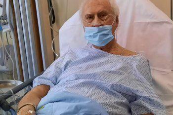 Fernando Pino Solanas, internado en París por coronavirus.