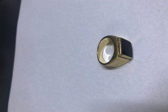 fin del misterio: ¿donde estaba el anillo de menem?