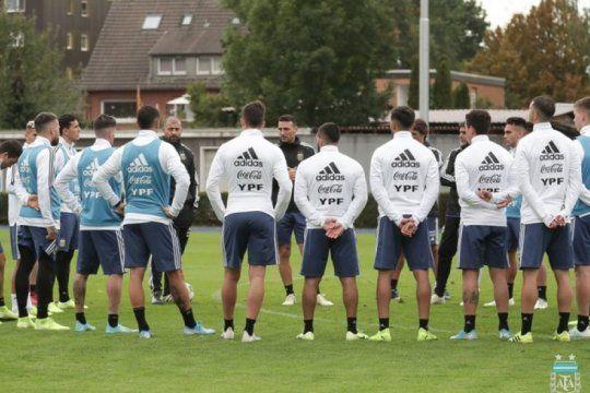 scaloni confirmo el equipo para enfrentar a alemania: enterate como ver a la seleccion