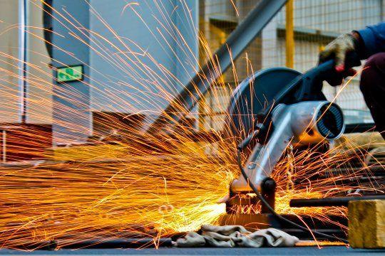 El Gobierno destacó el crecimiento de la actividad industrial