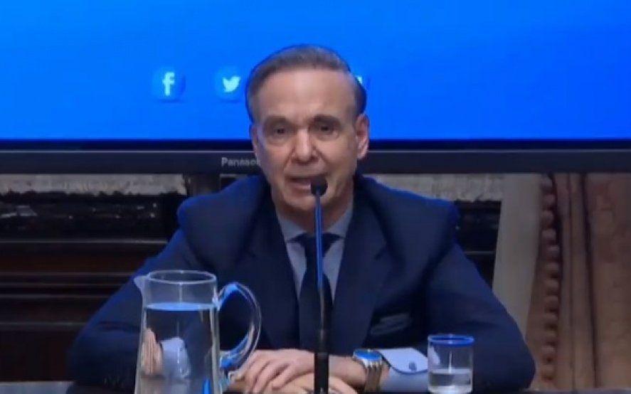 """Pichetto renunció a la presidencia del bloque justicialista y ratificó: """"mi compromiso ahora es con la propuesta de Macri"""""""