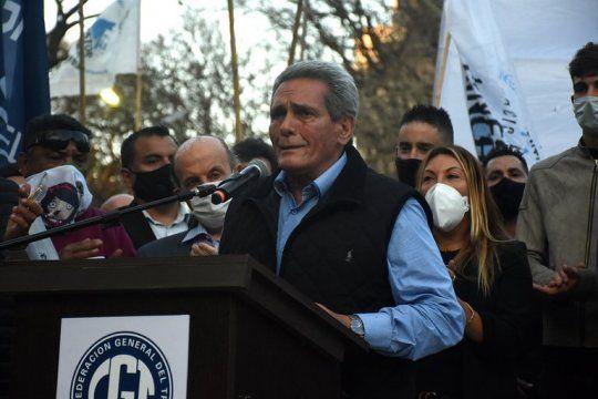 El cotitular de la  CGT, Carlos Acuña