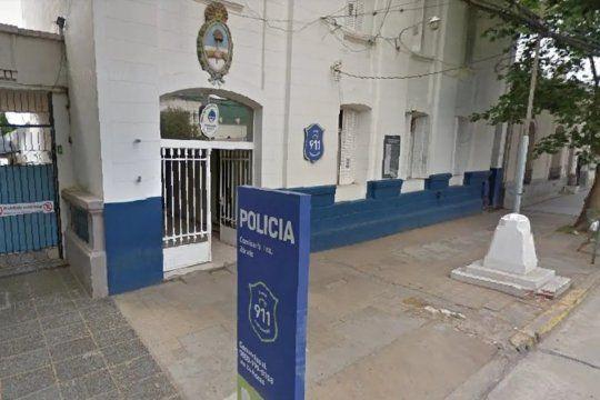 Personal de la comisaría Primera de Zárate busca a los autores del robo