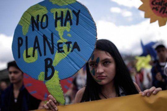 paro global por el futuro: jovenes de todo el mundo marchan contra el cambio climatico