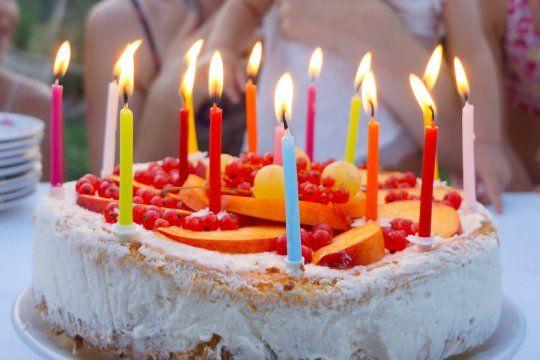 bahia blanca: 13 demorados por festejar un cumpleanos en cuarentena