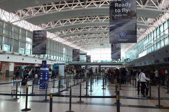 El aeropuerto de Ezeiza se mantendrá abierto y es uno de los únicos internacionales habilitados.