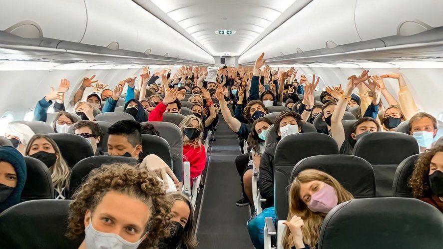 220.000 estudiantes de la provincia de Buenos Aires podrán acceder a viajes de egresados gratuitos, anunció Axel Kicillof.