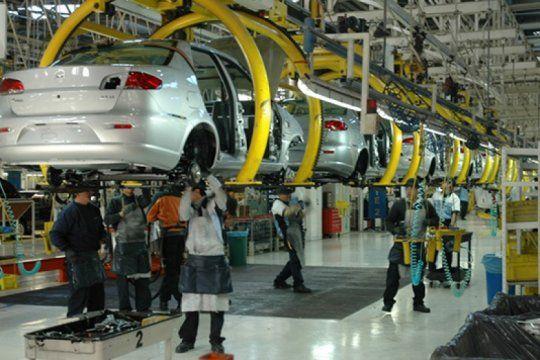 La producción de vehículos tuvo síntomas de recuperación
