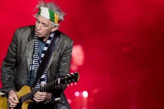 keith richards esta de festejo: ?el riff humano? cumple 76 anos de puro rock and roll