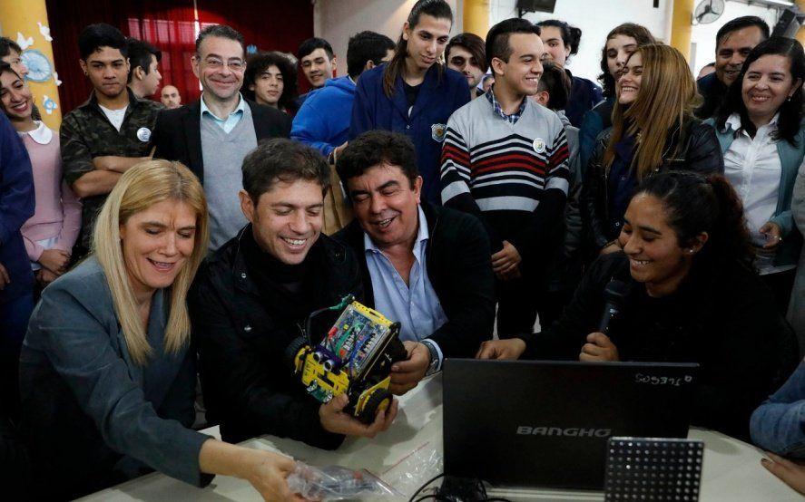 La fórmula Kicillof - Magario visitó una escuela de La Matanza y criticaron la política educativa de Vidal