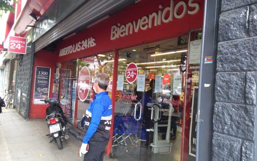 Carrefour no cumplió con las medidas de prevención de coronavirus y clausuraron una sucursal