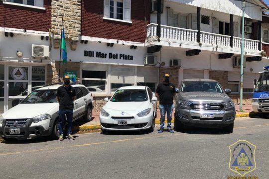 En los allanamientos incautaron tres autos con los que se movía la banda