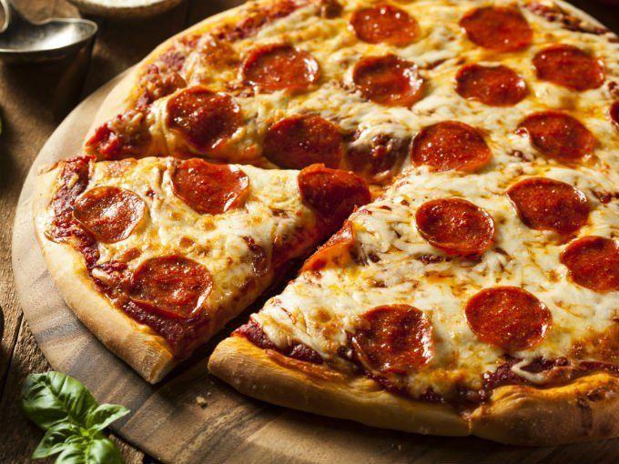 La noche de la pizza y la empanada llega en su edición primavera