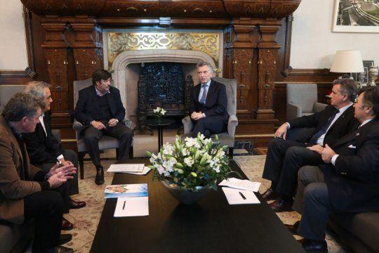 ante la mesa de enlace, el presidente macri prometio que no aumentara las retenciones