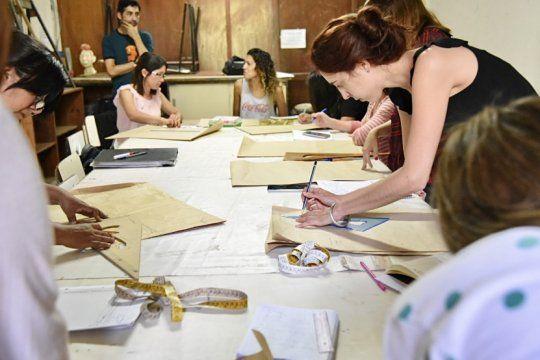 inscripcion abierta: estos son los cursos anuales que dicta la escuela de arte de la plata