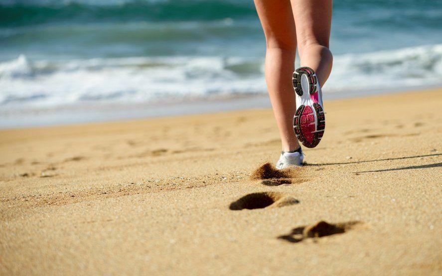 ¿Enemigos íntimos? Cómo mantener los buenos hábitos alimenticios y la actividad física en vacaciones