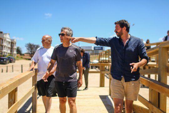 Mauricio Macri recorrió Pinamar junto al intendente Yeza
