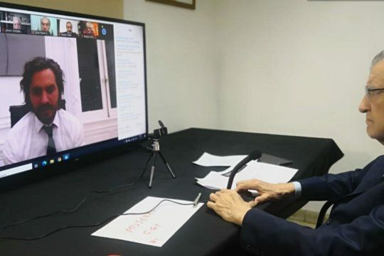 El presidente del PJ, José Luis Gioja, en videoconferencia con Santiago Cafiero por la cumbre del Partido Justicialista.