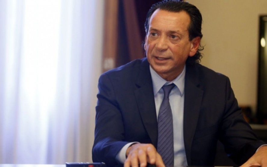 El Gobierno insiste con una reforma laboral para salir de la crisis