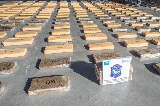 Los 2.200 kilos de marihuana se secuestraron en Claypole