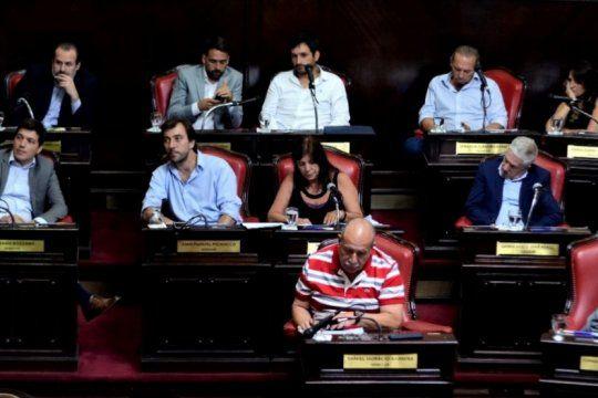 la oposicion apura el tratamiento de una ley especial por los creditos uva