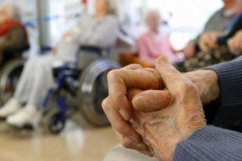 vuelven las visitas a los geriatricos en la provincia