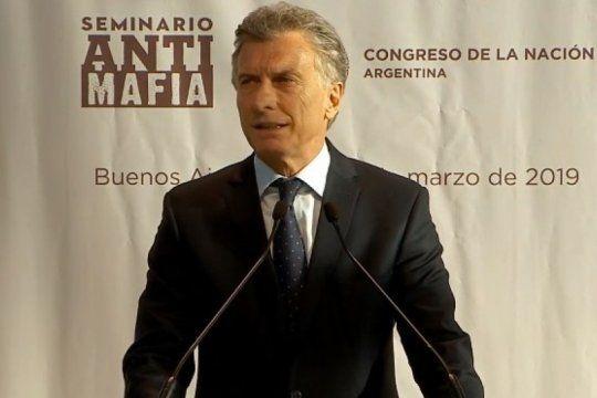 macri presento un seminario antimafia italo-argentino y en las redes no lo dejaron pasar