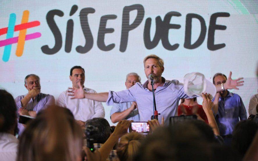 """Para Rogelio Frigerio, quienes apoyan a Macri y Vidal se """"manifiestan sin colectivos ni choripanes"""""""