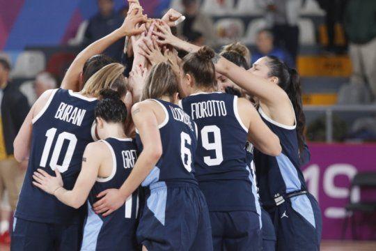 las gigantes sacaron un duro comunicado pidiendo respuestas ?por el futuro del basquet femenino argentino?.