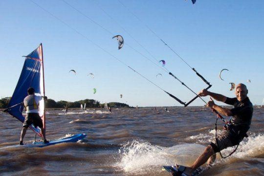 salud, deporte y verano: como evitar lesiones en los deportes acuaticos de moda