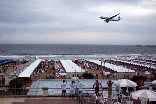 mar del plata conectada: crecen las frecuencias aereas desde y hacia la ciudad balnearia