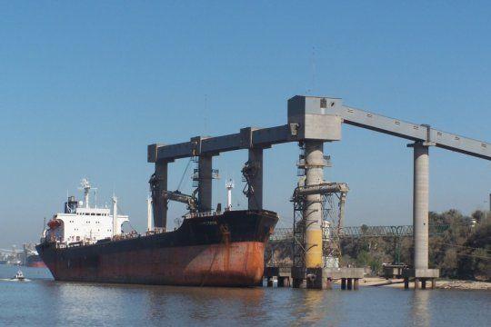 la industria aceitera argentina, preocupada por la caida en la molienda y la produccion de aceite de soja