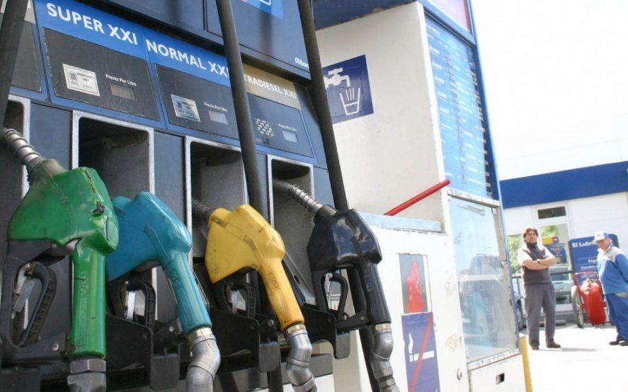 No se congelan: Las naftas aumentarán más del 5% a partir de mayo