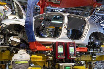 La industria creció un 55,9% interanual en abril