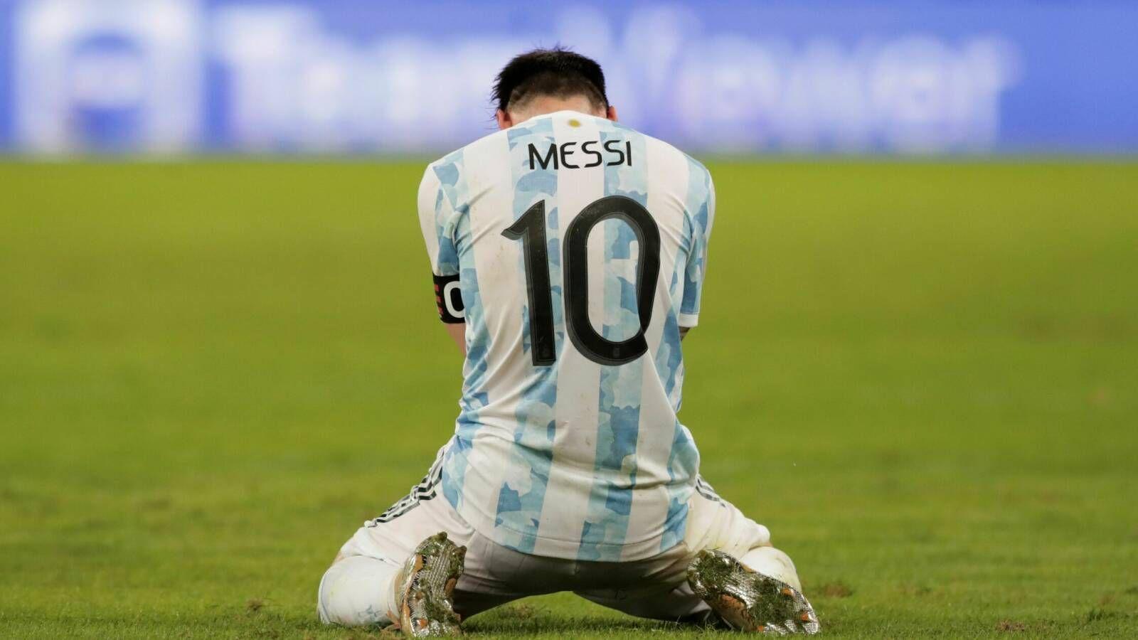 El desahogo de Messi, El capitán jugó la Copa América con el corazón y su técnico lo llenó de elogios.