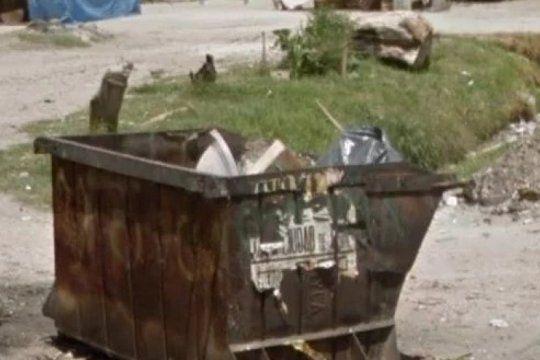tigre: un nene murio aplastado por un container de basura y le apuntan a la empresa