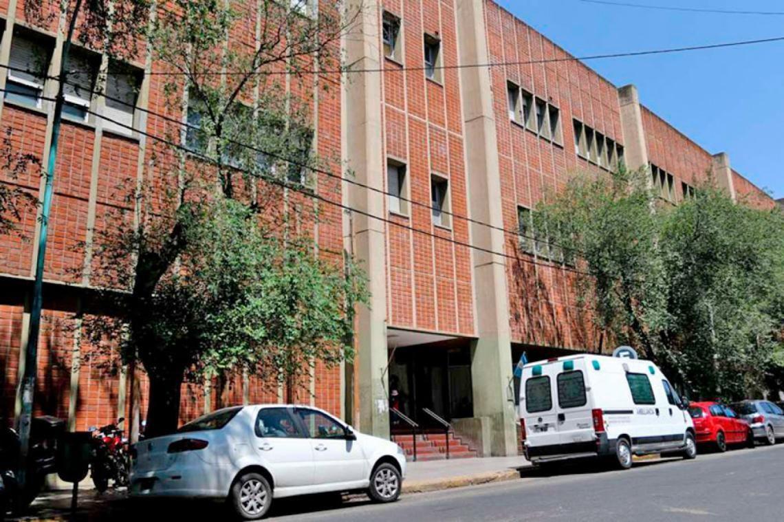 El padrastro del bebé dijo que el niño se había atragantado, pero los médicos del Hospital Materno Infantil de Mar del Plata detectaron que había recibido golpes