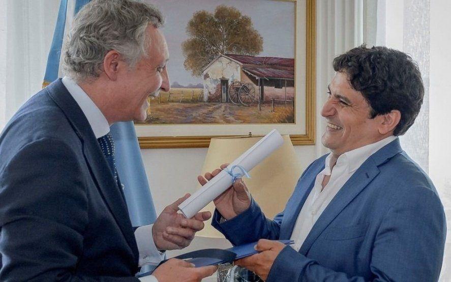 """Reconocen con el premio """"Argentinos en el mundo"""" a un destacado cocinero platense"""