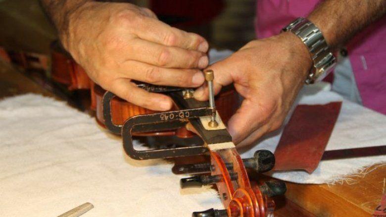 El Museo de Instrumentos Musicales de la UNLP dictará cursos de luthier