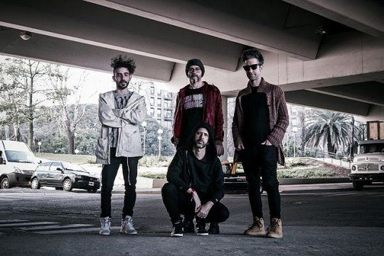 """Las Bodas Químicas presenta Prisionero, su nuevo single y videoclip en el que participan el """"Piti"""" Fernández y El plan de la mariposa"""
