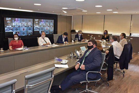 Informaron avance de obra en la cuenca a delegación uruguaya