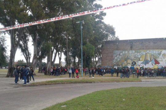 amenazas de bomba en escuelas de berisso: identificaron a los autores de siete llamados